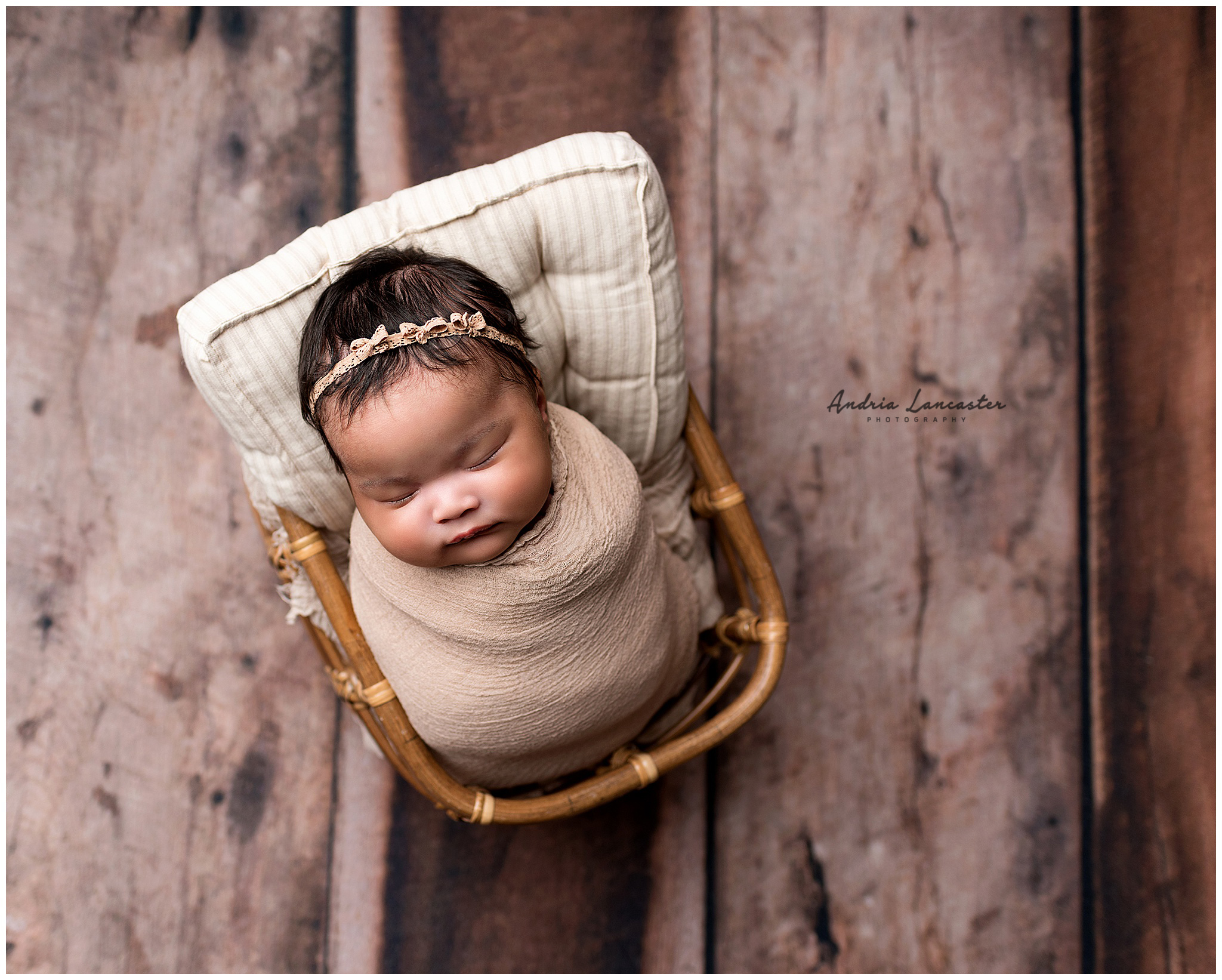 Brooklyn Newborn photographer wrapped session